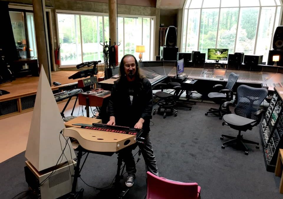 La Voix Du Luthier at Peter Gabriel's Real World Studio